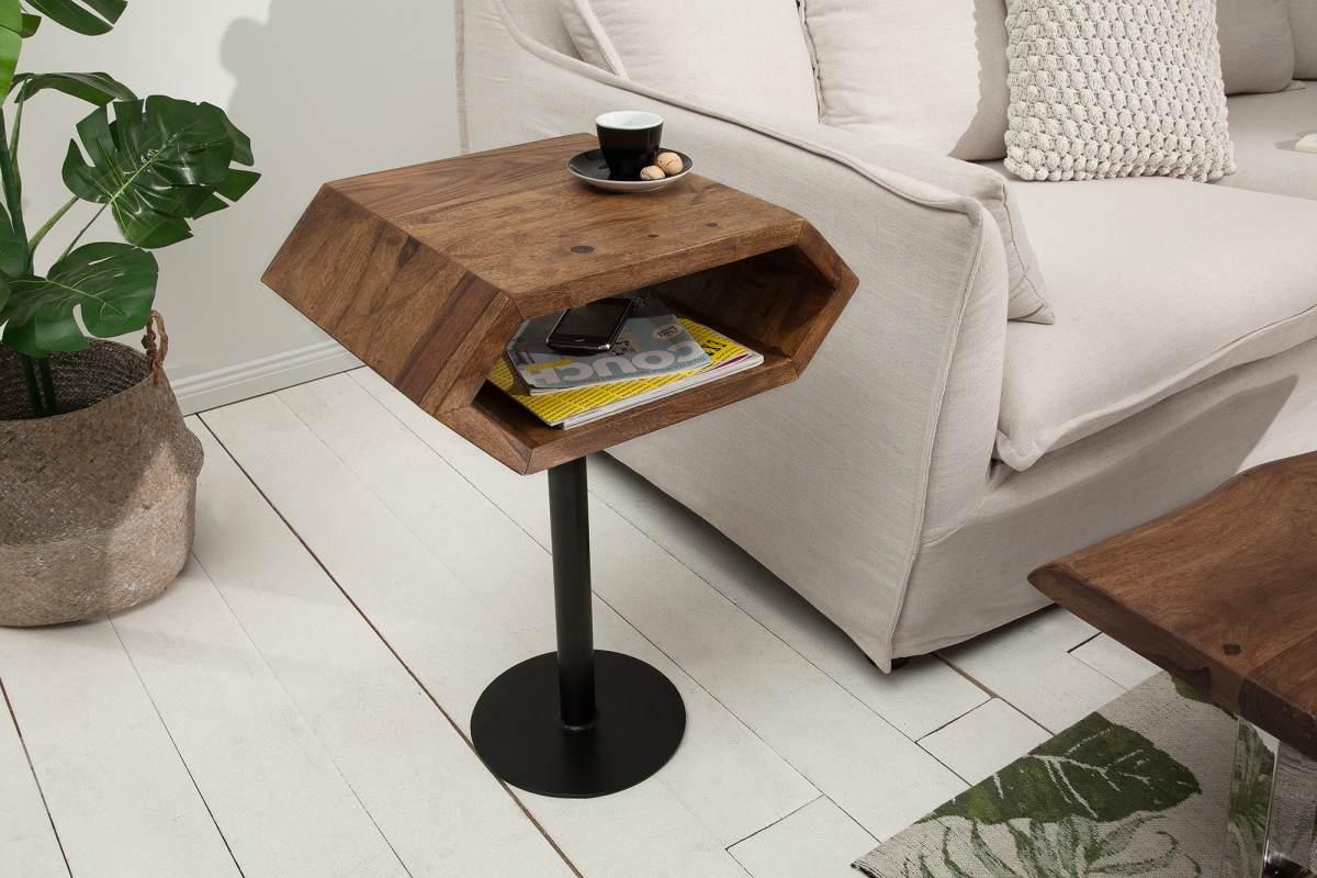 Designový odkládací stolek Bethany